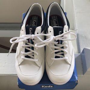 Ked's tennis shoes, 7.5 nib